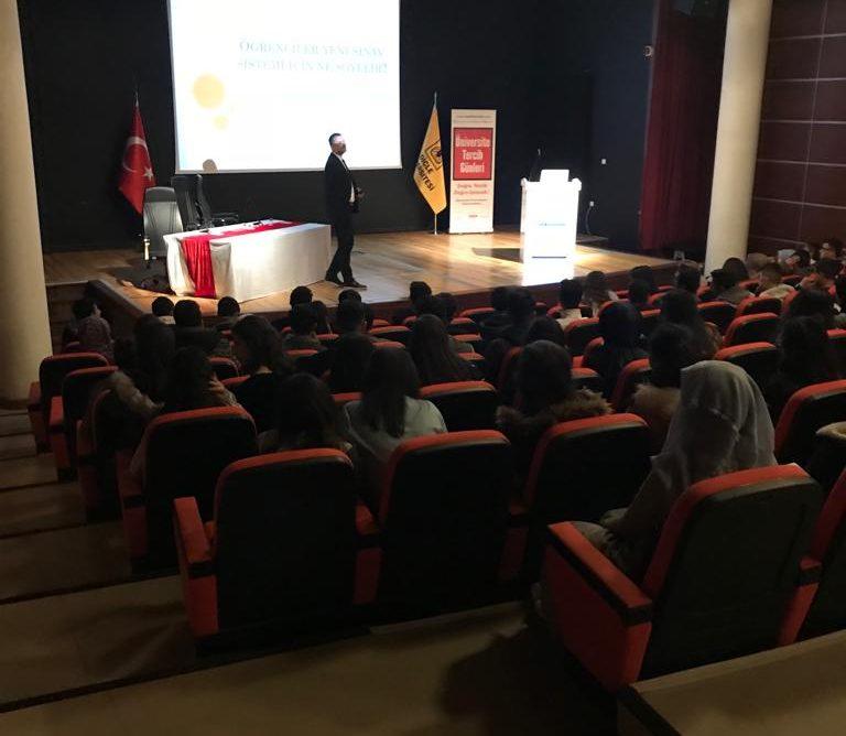 Eket Diyarbakır Eğitim Fuarında 12. Sınıf öğrencilerine sunum yaptım. 08.04.2019