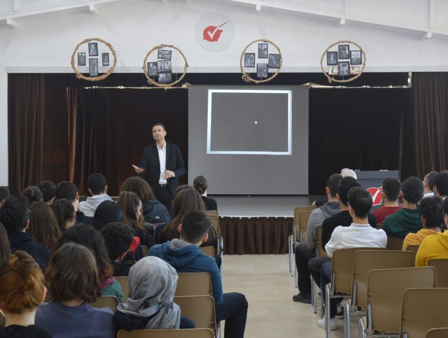 Manisa Fen Bilimleri Kolejimizin 11. ve 12. Sınıf öğrencilerine Sınava Hazırlığın Püf Noktaları konulu sunum yaptım. 13.02.2020