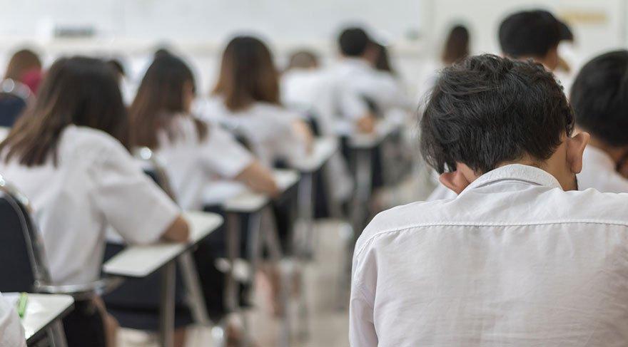 Yeni sistem öğrencileri de öğretmenleri de mağdur edecek